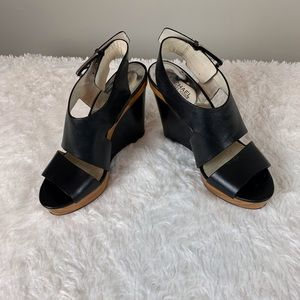 Michael Kors black wedge with strap/9M